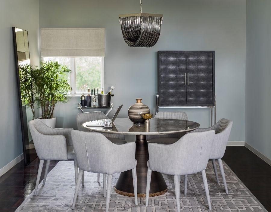Darren Cabinet, Grey