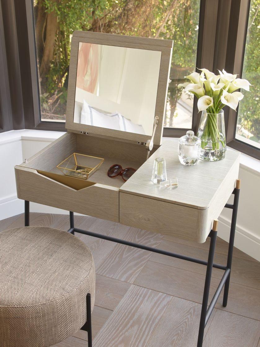 Tivoli Dresser, Folding Mirror