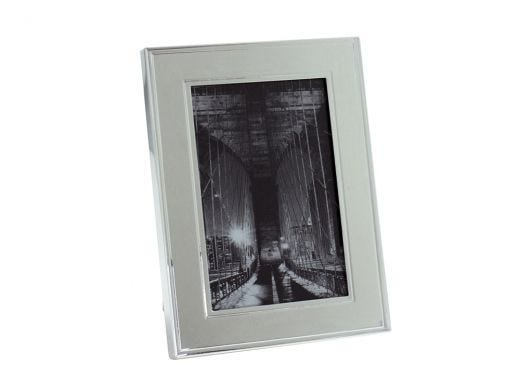 """Silver Plated Line Frame 8x10"""""""