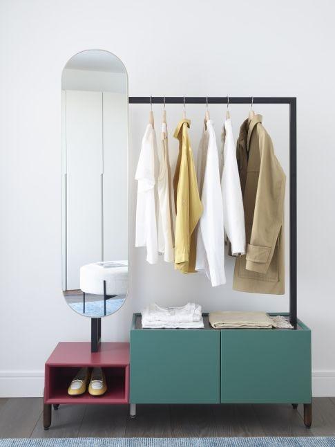 Florian Cloth rack